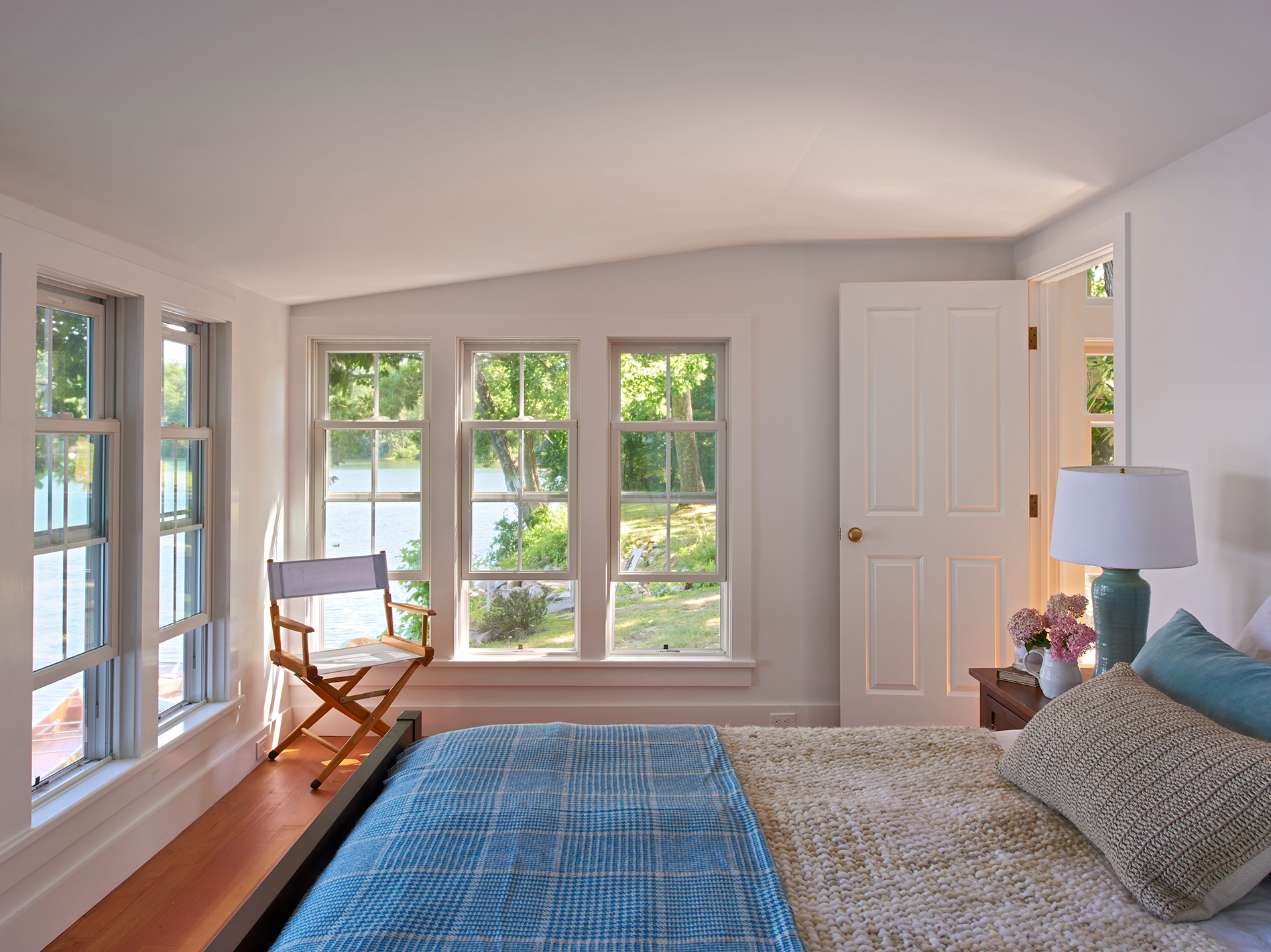 Churchill Building Company · Cottage on the Lake